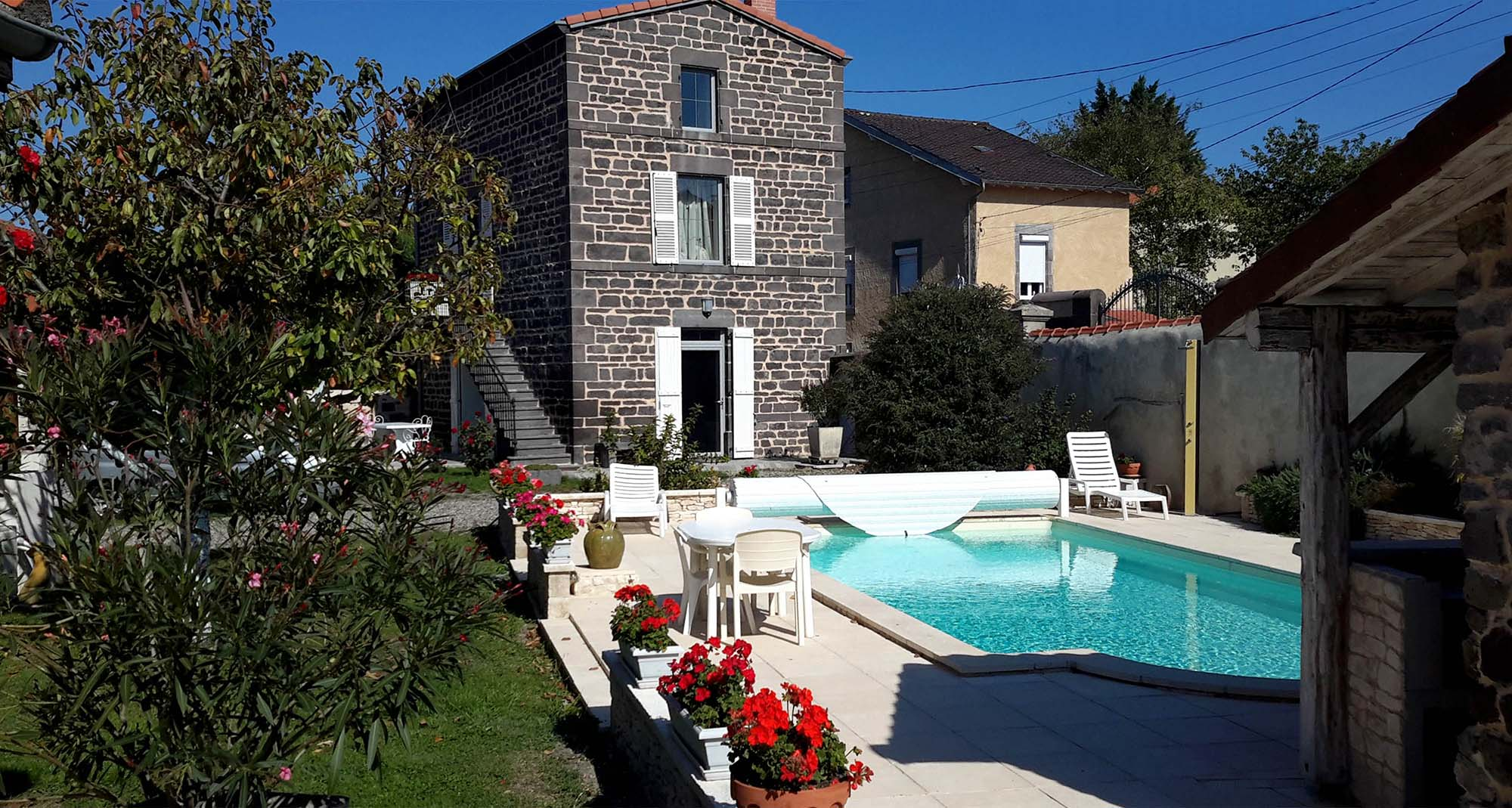 Maisonnette Chambres d h´tes dans le Puy de D´me